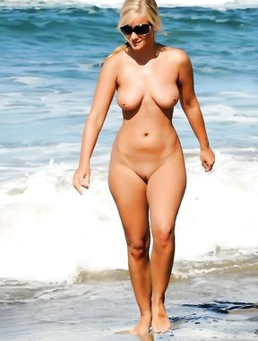 Here some video's of a Greek Nude Beach on the Greek island Paros.