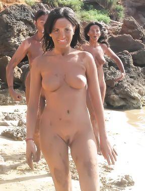 Beach Strand Nudist FKK nackt Baden Voyeur