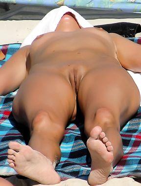 Nudist girl on fmovie
